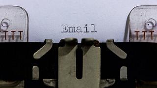 自営業用とは別のメールアドレスを用意する。その理由は?